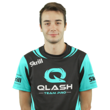 Qlash CRAZY FAT GAMER.png