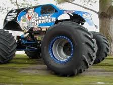Monster trucks.jpg