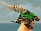 Warrior Elite Charr Hide Armor M dyed head side.jpg