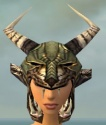 Warrior Elite Charr Hide Armor F gray head front.jpg