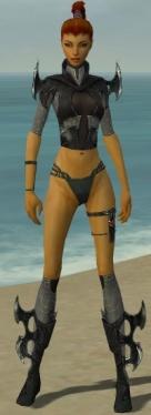 Assassin Kurzick Armor F gray chest feet front.jpg