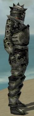 Warrior Obsidian Armor M gray side alternate.jpg