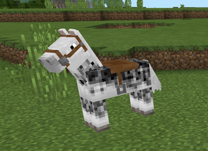 Saddle – Official Minecraft Wiki