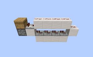 一个1方块宽的装置示例,一旦蜂箱准备好收集蜂蜜,就会激活发射器。