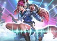 Maeve Voice Street Style.png