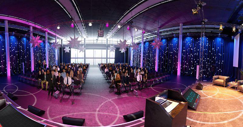 File:Virtualspeech conference room main image.jpg