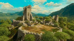 Tw3 bw tesham mutna ruins.jpg