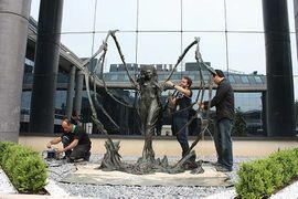 Kerrigan Statue10.jpg
