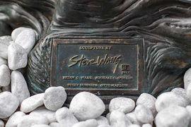 Kerrigan Statue16.jpg