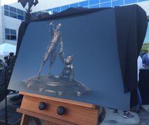 Chris Metzen statue2.jpg