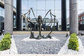 Kerrigan Statue18.jpg