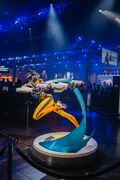 Tracer Statue BlizzCon 2019.jpg